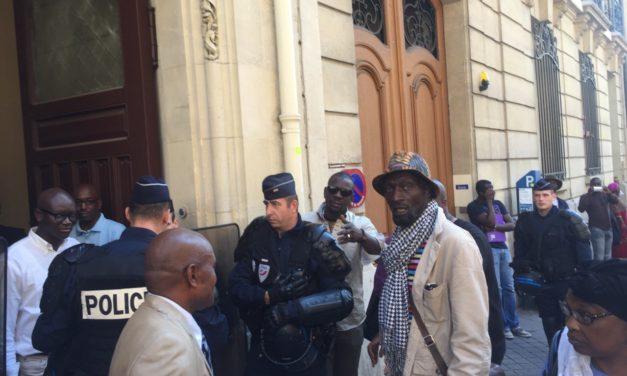 Paris : Des Sénégalais assaillent le consulat pour réclamer un 2e tour