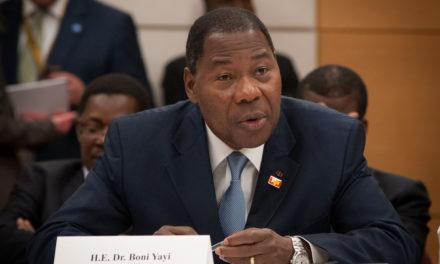 La Cedeao dépêche Yayi Boni et 115 observateurs