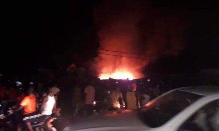 Violent incendie au marché central de Tambacounda (images)