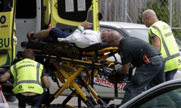 Un homme lourdement armé tue 49 personnes dans une attaque de deux mosquées