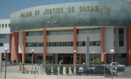 Babacar Fall prend 6 mois ferme, mais reste libre