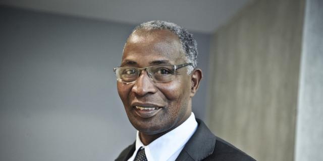 NETTOYAGE ETHNIQUE AU MALI – Un opposant guinéen interpelle Macky Sall
