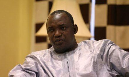 GAMBIE – Barrow s'ouvre les portes d'une crise politique