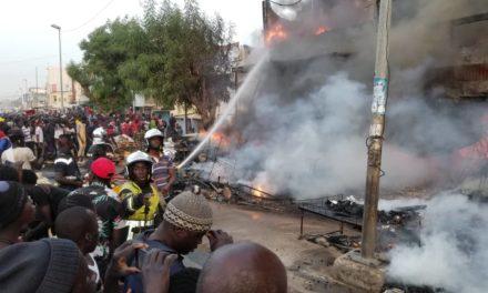 Violent incendie au marché Ocass de Touba