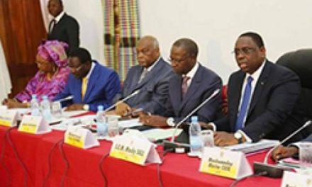 "Septennat 2012-2019 : Macky Sall ""remercie"" et ""félicite"" ses ministres"