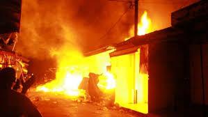 Marchés en flammes : le gouvernement du Sénégal en sapeur-pompier