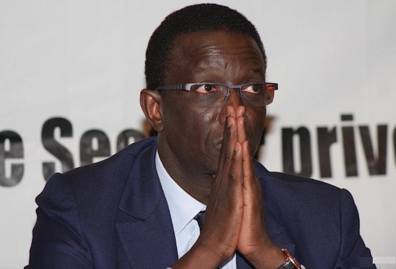 Macky isole et ampute Amadou Bâ