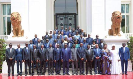"""Premier Conseil des ministres du quinquennat : Macky Sall pour un """"Gouvernement d'action"""""""
