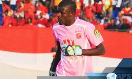 Après sa grave blessure , Khadim Ndiaye honoré par Horoya Ac