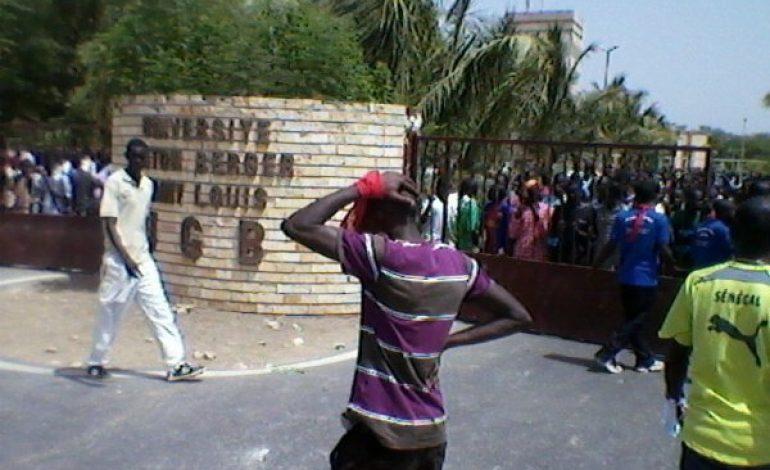 Enseignant violenté : le SAES décrète un mot d'ordre de grève de 72 heures