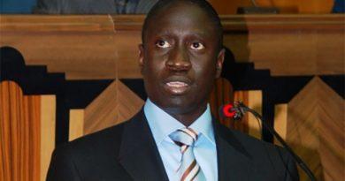 SUPPRESSION DU POSTE DE PM: Pr Abdoul Aziz Kébé décèle des insuffisances