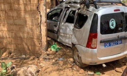 Kanel: Un véhicule traverse le mur d'une maison et tue 3 personnes