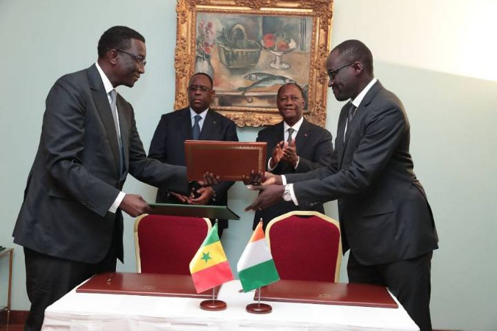 Macky Sall à Abidjan : 5 accords signés