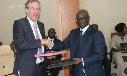 Inclusion financière : l'AFD et la BCEAO en synergie