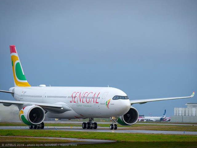 BLOQUE A PARIS  – L'avion d'Air Sénégal a fini par décoller