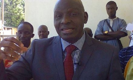 Enquête sur le pétrole : Le journaliste Ibrahima Sané critique Mayena Jones