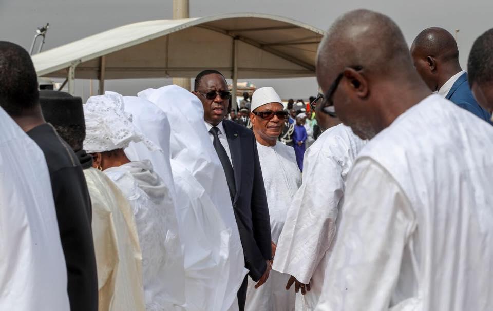 Les présidents sénégalais et malien, côte à côte, pour un dernier hommage à Tanor Dieng