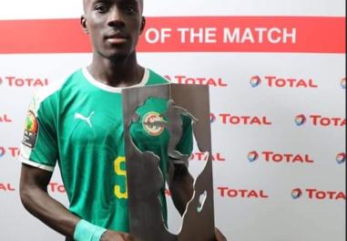 """Ouganda-Sénégal : Gana Guèye élu """"homme du match"""""""