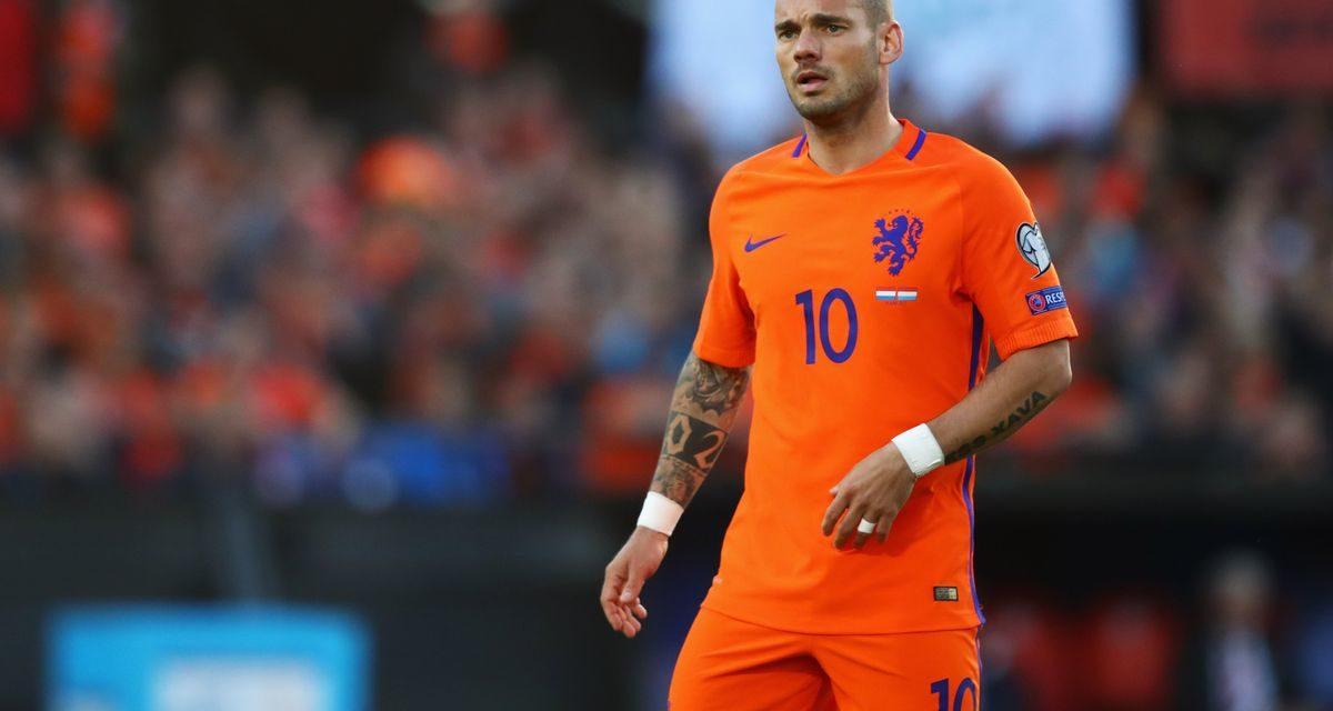 OFFICIEL : Sneijder range ses godasses