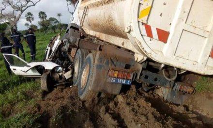 """Oussouye : Une collision entre un camion et un """"7 places"""" fait 6 morts et 2 blessés"""
