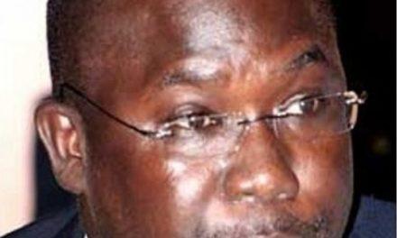 Abdoul Aziz Diop à Wade : « je vous demande de me décharger »