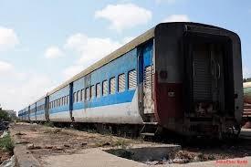 TRANSPORT : le Petit Train Bleu de banlieue en grève illimitée