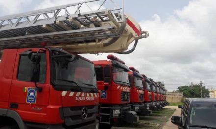 Macky Sall équipe les sapeurs-pompiers
