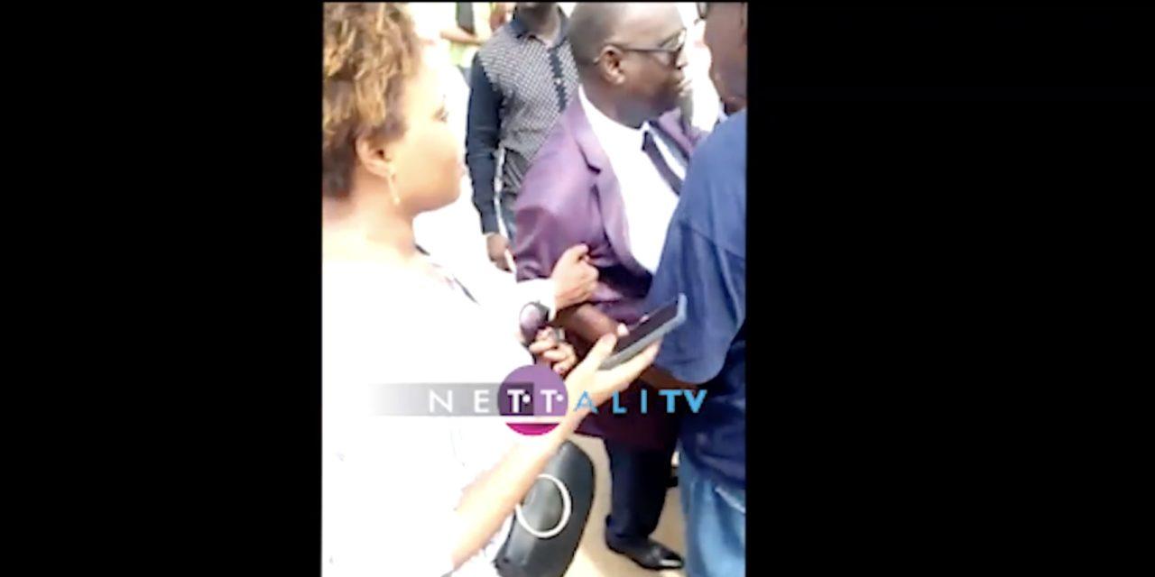 (Vidéo) Plainte contre Sonko-Me El Hadj hué et traité de violeur
