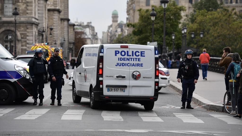 4 morts dans une attaque au couteau à la préfecture de police de Paris