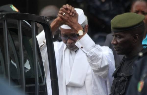 Covid-19 dans les prisons : Les avocats de Habré avertissent l'Etat du Sénégal