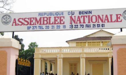 Bénin : le parlement adopte une révision constitutionnelle limitant les mandats présidentiel et législatif
