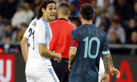 AMICAL – C'était chaud entre Messi et Cavani…