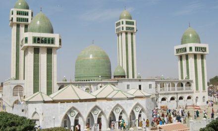 MEDINA BAYE  – Macky s'engage à parachever les grands projets du khalife