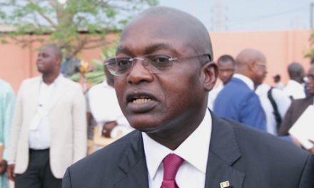 ACCUSATIONS DE POTS-DE-VIN – Le ministre Oumar Gueye réclame 500 millions à Jeune Afrique