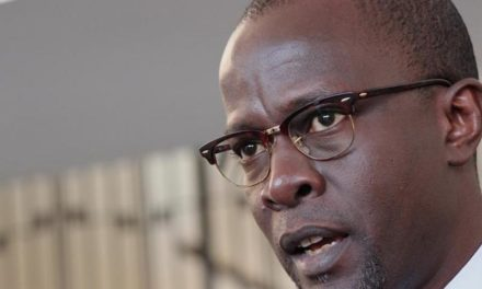 SORTIES DE CISSE LO ET COMPAGNIE – Yaxam Mbaye accuse  un gros bonnet du régime