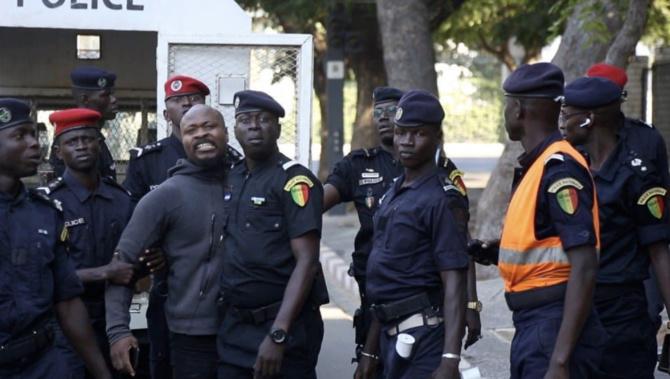 TENSIONS SOCIALES – Le risque de maintenir Babacar Diop et Cie en prison