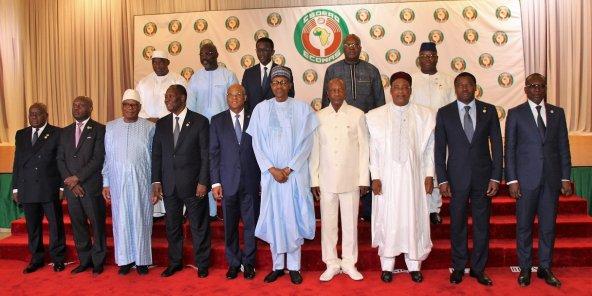 MALI – La CEDEAO donne un an à la junte au pouvoir