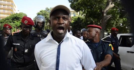 SIT-IN AU CAMP PENAL – Dr Babacar Diop et 14 proches de Guy Marius Sagna arrêtés