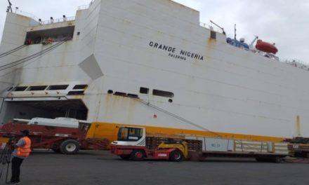 PORT DE DAKAR  – Le film de la découverte de 120 Kg de cocaïne dans un navire immobilisé depuis des mois