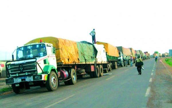 TRACASSERIES ROUTIÈRES – Les transporteurs maliens et sénégalais décrètent 72 heures de grève