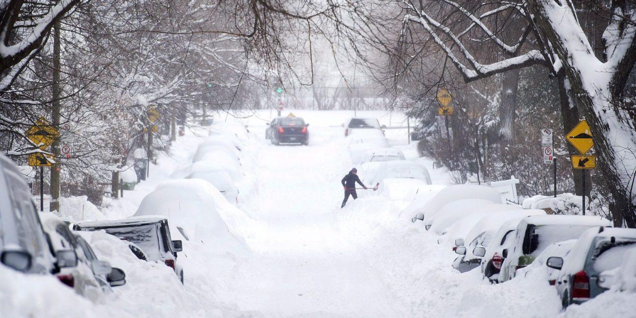 ETATS-UNIS – Une tempête de neige fait 10 morts, un millier de vols annulés