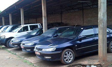 PARC AUTOMOBILE DE L'ETAT – Macky Sall suspend toutes les acquisitions