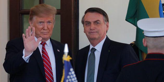 CORONAVIRUS – Le président brésilien testé positif, après avoir rencontré Trump samedi