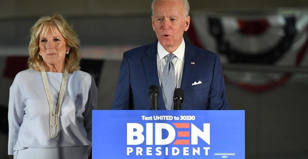 EVENEMENTS DU CAPITOLE – Biden accuse Trump