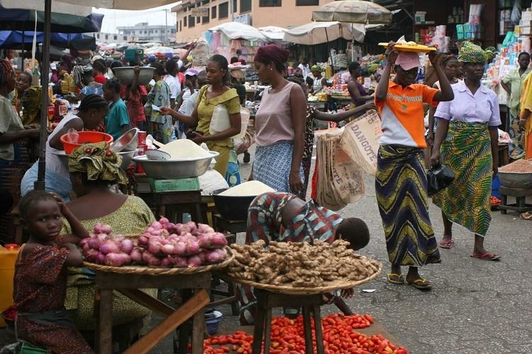 Fermeture du marché Castors : des commerçants récalcitrants interpellés