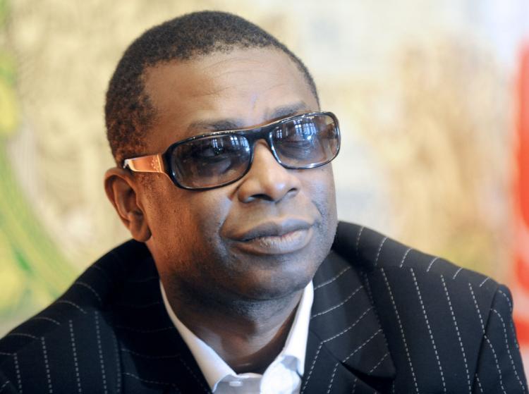 MARCHE DES PRODUITS HYDRO-ALCOOLIQUES – Youssou Ndour dément et brandit une plainte