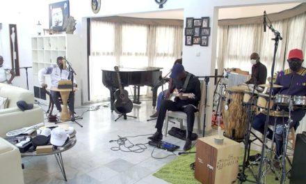 Youssou Ndour lance l'émission «Fiitey» pour aider à mieux supporter le couvre-feu