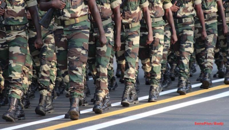 625 militaires Sénégalais envoyés en Gambie