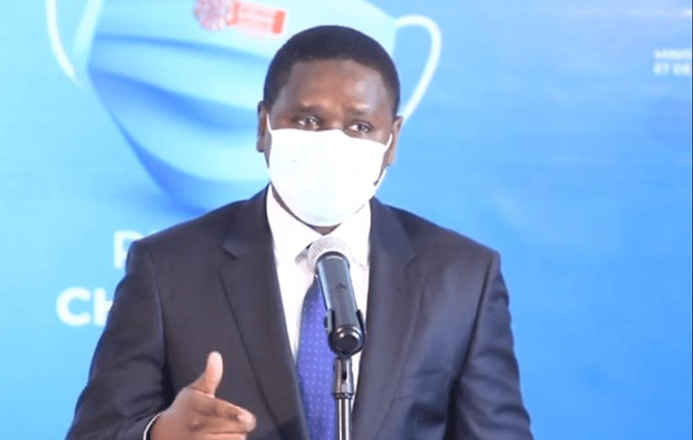 HAUSSE ANNONCEE DES TARIFS DES BUS TATA – Oumar Youm s'y oppose et annonce des sanctions contre les chauffeurs récalcitrants