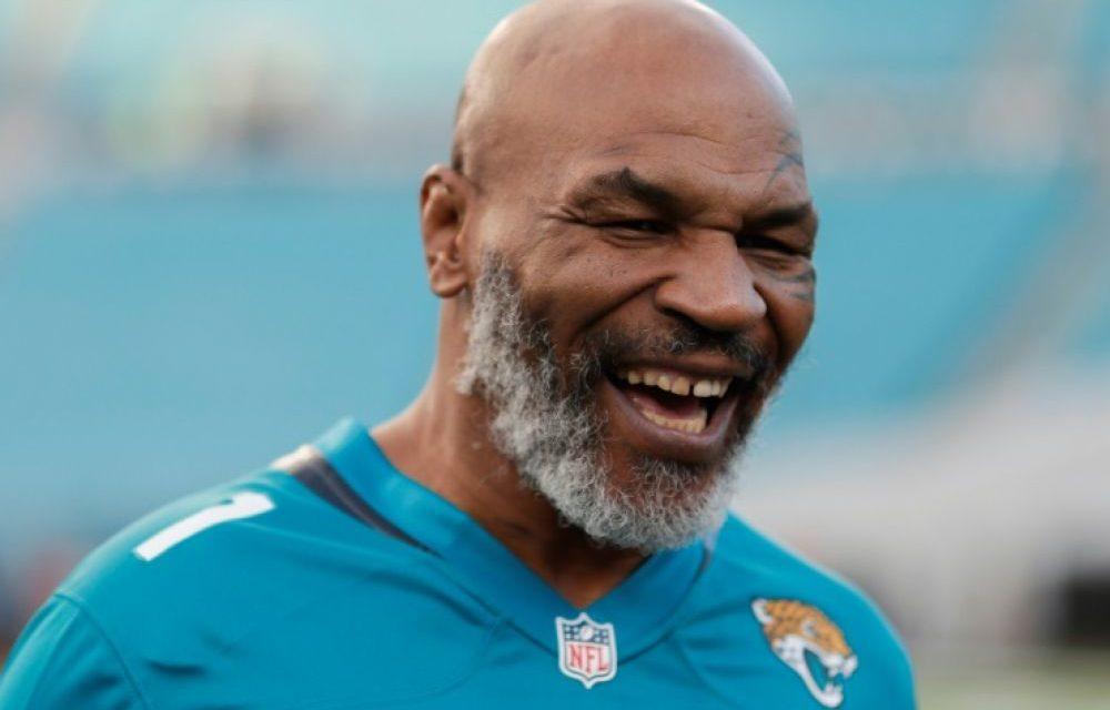 BOXE – Tyson remonte sur le ring à 54 ans